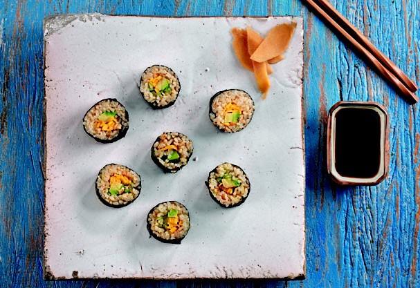 Sushi de manga, abacate e pepino (Foto: Divulgação)
