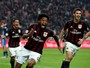 Com seis atacantes no elenco, Milan defende o retorno de Luiz Adriano