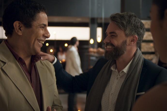 Bernardo apresenta seu marido, Fábio (Foto: TV Globo)