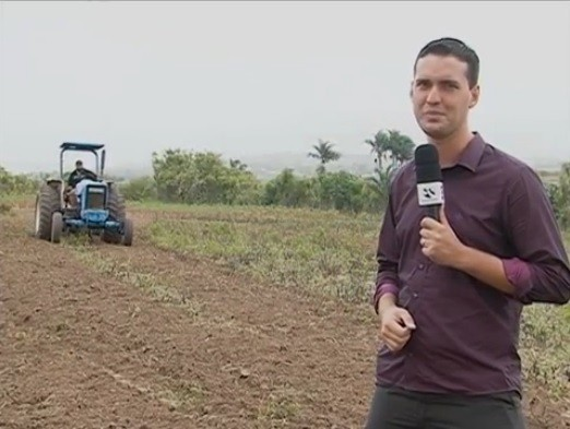 Magno Wendel na área rural de Caruaru (Foto: Reprodução/ TV Asa Branca)