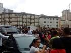 Servidores de Praia Grande protestam contra reajuste abaixo da inflação