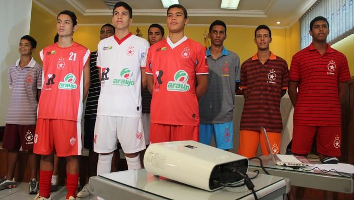 8f899438a7 Rio Branco apresenta uniformes para a Copa São Paulo 2014 (Foto  João Paulo  Maia