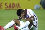 Dor no ombro deve forçar Geferson a realizar cirurgia após a Libertadores