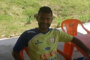 Esdras, recuperado de lesão, pode retornar ao time do Águia (Foto: Divulgação/Site oficial do Águia)