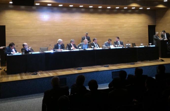 Assembleia geral da CBF - coronel nunes (Foto: Marcio Iannacca)
