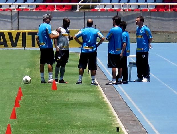 Seedorf botafogo treino preparador físico Ricardo Henriques (Foto: Thales Soares / Globoesporte.com)