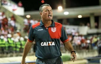 """Com 22 jogadores, Mazola aposta tudo em jogo com o Joinville: """"Dia D"""""""