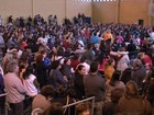 Fiéis lotam ginásio para ver padre Marcelo Rossi em Itapetininga
