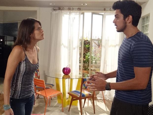 Virada no samurai, patricinha briga com Bruno e termina tudo com o universitário (Foto: Malhação / Tv Globo)