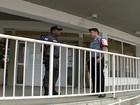 Policiais armados dentro de escolas públicas dividem opiniões no Rio