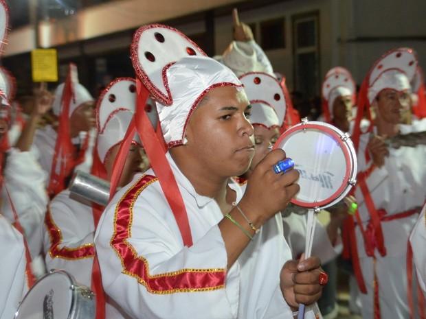Integrantes da escola de samba do grupo especial Caxambu em Piracicaba (Foto: AG Photopress )
