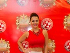 Viviane Araújo usa top com barriga de fora em ensaio da Salgueiro