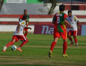 Sergipe enfrentou a Seleção de Japaratuba em amistoso (Foto: Felipe Martins/GloboEsporte.com)