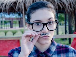 O bigode estilizado promete fazer sucesso nas brincadeiras juninas deste ano. (Foto: Caio Biasoli)
