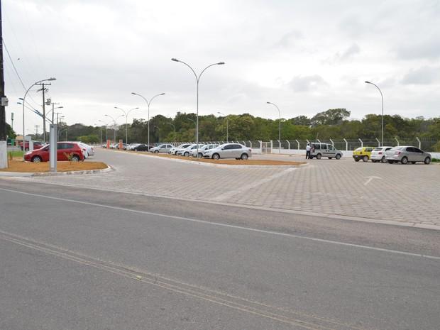 O estacionamento foi ampliado em 4.816,7 m², com a criação de 160 novas vagas (Foto: Adonias Silva/G1)