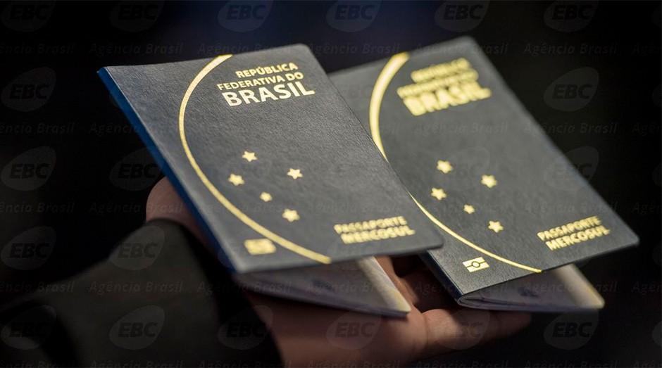 Crise atrapalha emissão de passaporte (Foto: Agência Brasil)