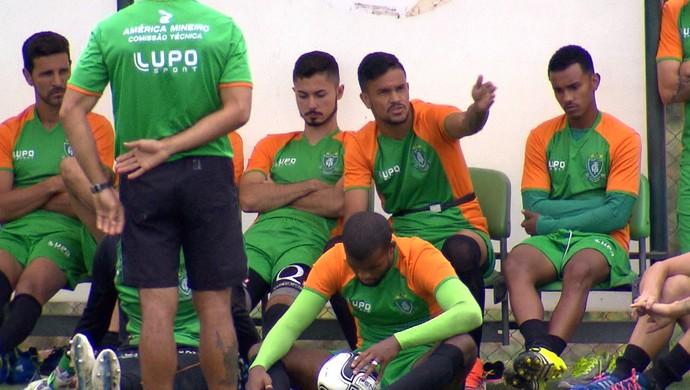 Sávio e Rafael Bastos estão à disposição para enfrentar o Atlético-MG, no domingo (Foto: Reprodução /TV Globo)
