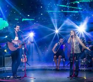 Sandy e Tiago Iorc no palco do SuperStar (Foto: Isabella Pinheiro/Gshow)