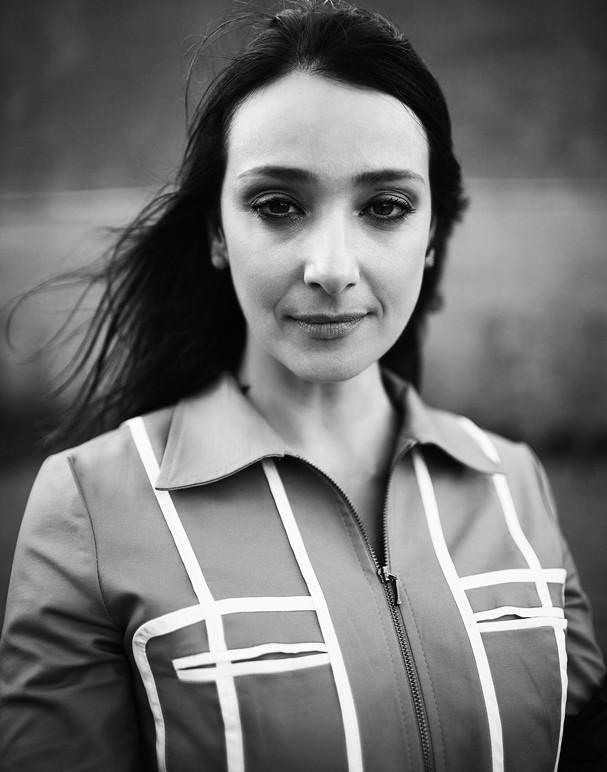 """Sabrina Parlatore, para a campanha """"Siga Meus Passos"""" (Foto: Divulgação)"""