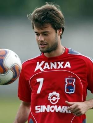 Douglas Packer, meia do Paraná Clube (Foto: Divulgação/Ideallize A.C.)