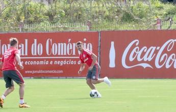 Em treino técnico, Argel define Alex para ser o substituto de D'Alessandro
