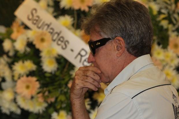 Edwin Luisi no Velório de Barbara Heliodora (Foto: Marcello Sá Barretto/AgNews)