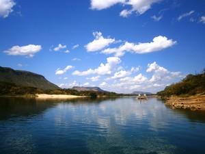 Quase todo navegável, o rio Tocantins ainda é uma importante rota de comércio do estado (Foto: Sydney Neto/ TV Anhanguera)