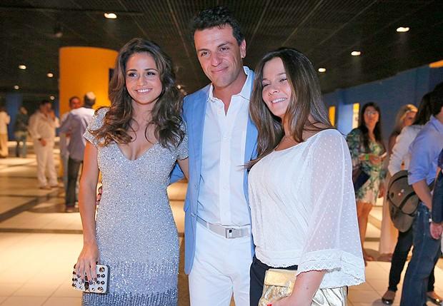 Rodrigo Lombardi, esposa e Nanda Costa (Foto: Felipe Panfili e Roberto Filho / AgNews)