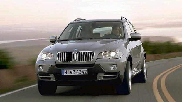 BMW X5 4.8 2007 (Foto: Divulgação)