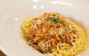 Espaguete à bolonhesa dos chefs Claude e Thomas Troisgros