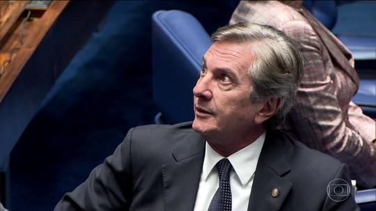 Ministro do STF retira sigilo de denúncia contra Collor