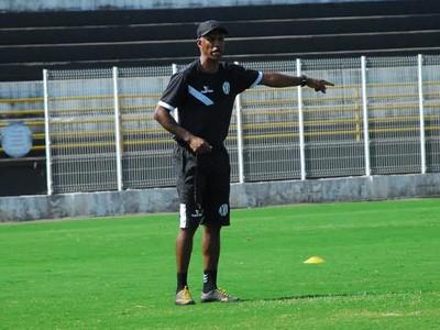 Claudinho Batista técnico XV de Piracicaba (Foto: Divulgação / XV de Piracicaba)