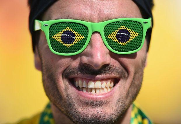 Esse torcedor representa todos nós há dois anos: animados e inocentes (Foto: Getty Images)