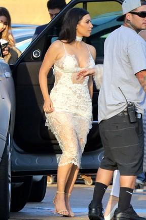 X17 - Kim Kardashian em festa em Los Angeles, nos Estados Unidos (Foto: X17online/ Agência)
