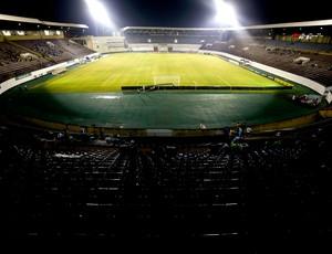estádio Fonte Luminosa jogo (Foto: Getty Images)