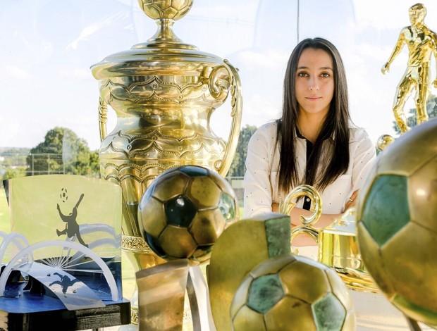 BLOG: Aos 20 anos, diretora de futebol: Luiza Estevão, filha do ex-senador preso, é a dirigente mais jovem de clubes brasileiros