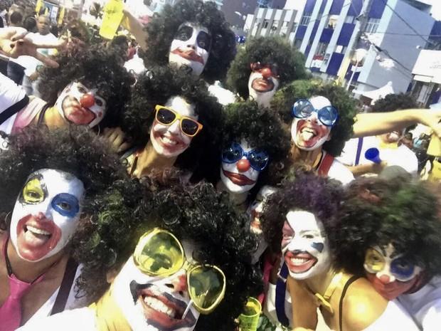 Ivete Sangalo e amigos (Foto: Manuela Scarpa/Brazil News)