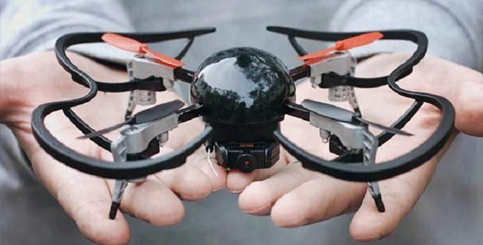 Novo drone cabe na palma da mão (Foto: Divulgação/Kickstarter)