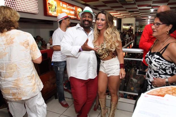 Aílton Graça e Viviane Araújo (Foto: Anderson Borde/Agnews)