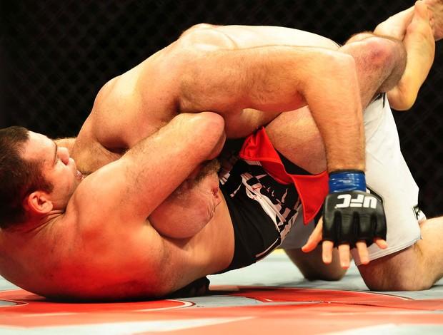 UFC São Paulo Gabriel Napão venceu Ben Rothwell  (Foto: Marcos Ribolli / Globoesporte.com)