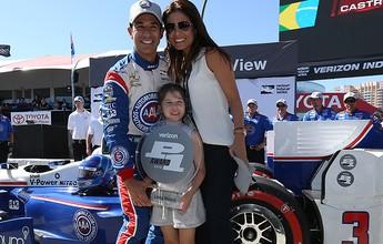 Castroneves faz pole na etapa da Indy em Long Beach, e Kanaan larga em 4º