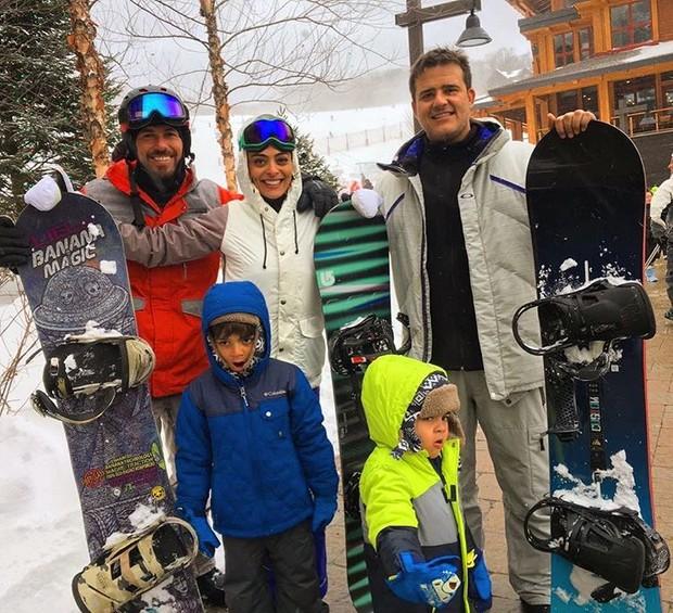 Juliana Paes com os filhos (Foto: Reprodução / Instagram)