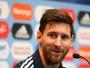 """AFA: presidente evita briga com Messi e considera """"loucura"""" decisão da Fifa"""