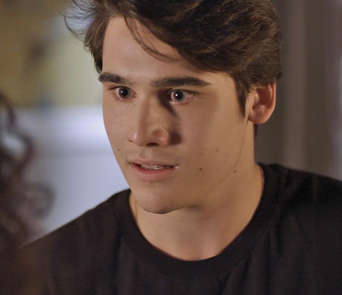 Rodrigo fica no chão com o pedido! (Foto: TV Globo)
