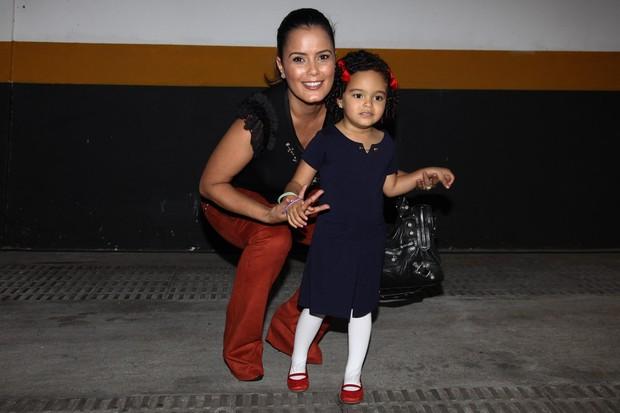 Luciele Di Camargo com a filha (Foto: Manuela Scarpa e Marcos Ribas / Foto Rio News)