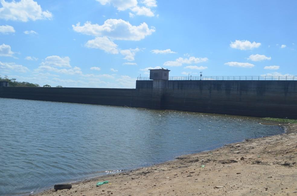 Resultado de imagem para barragem do Prata