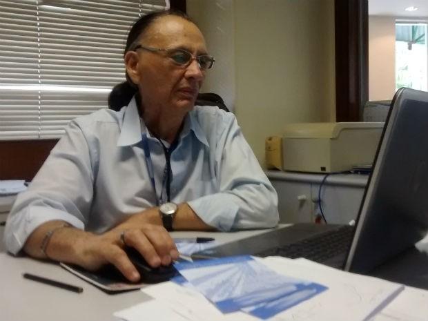Professor tem três redes sociais atualmente (Foto: Fernanda Szabadi/ G1)