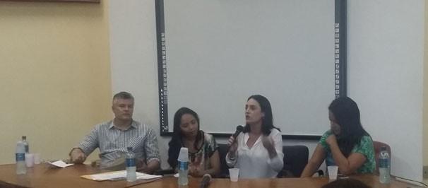 Durante a conversa, Neyara comentou sobre sua carreira (Foto: Laurivânia Fernandes)