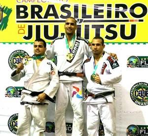 Cleyton no pódio do Campeonato Brasileiro, que aconteceu no mês de Abril (Foto: Cleyton Ferreira/ Arquivo pessoal)