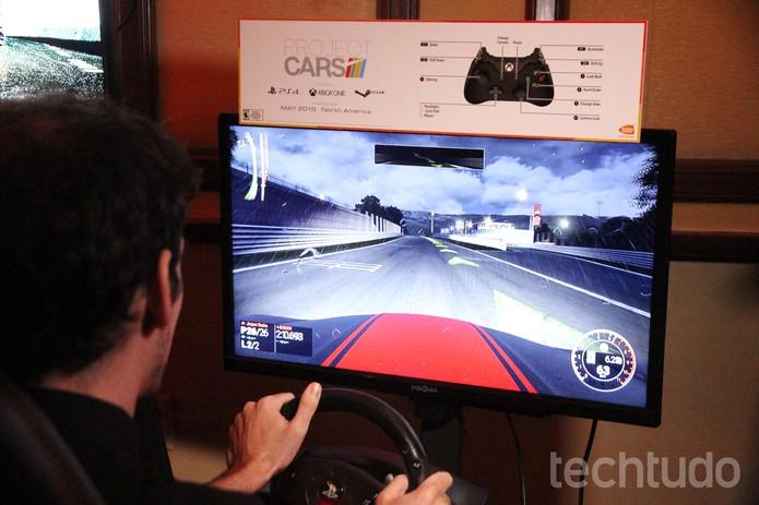 Testamos Project CARS, game com gráficos parecidos com a vida real (Foto: Anna Kellen Bull/TechTudo)